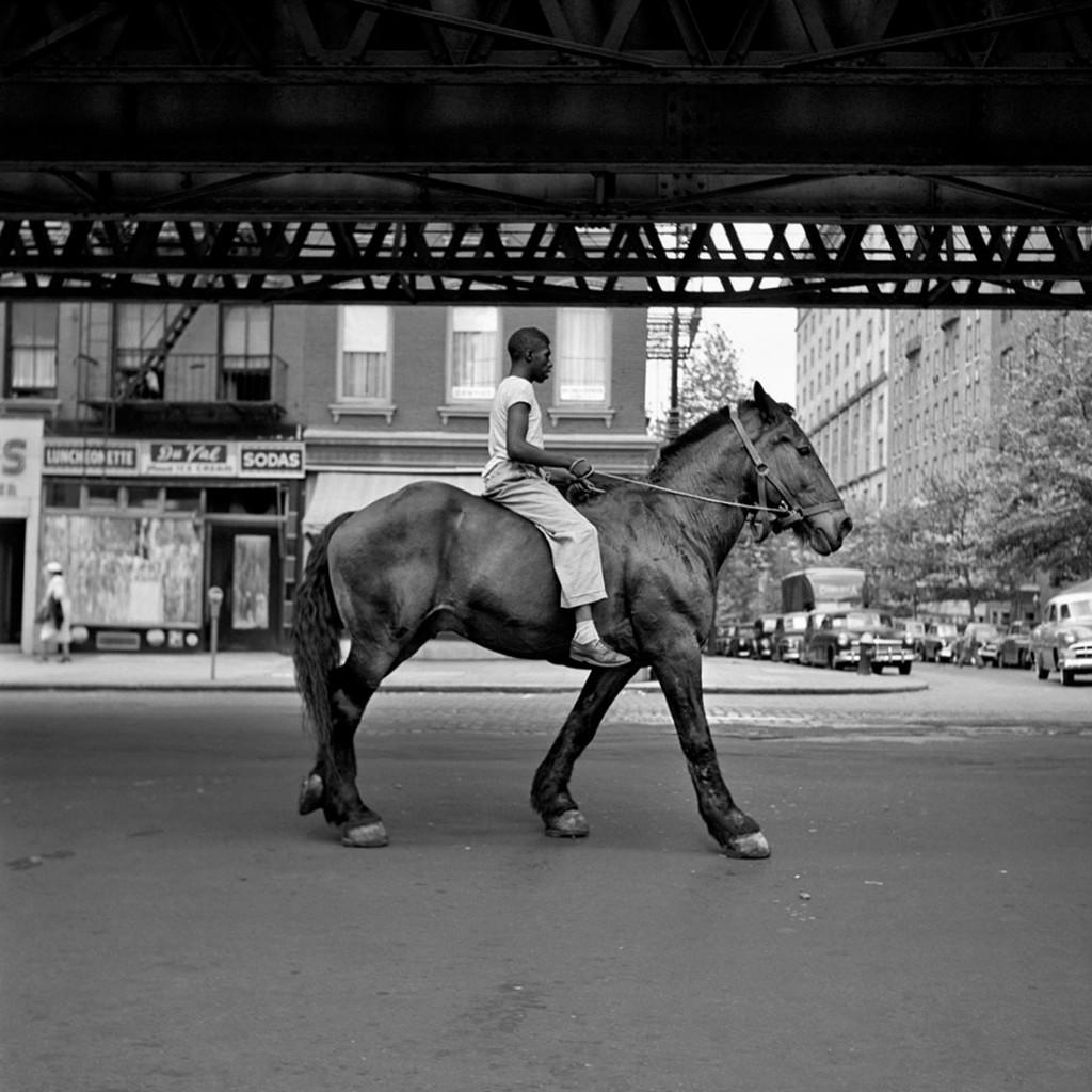 Vivian Maier-Man-on-horse