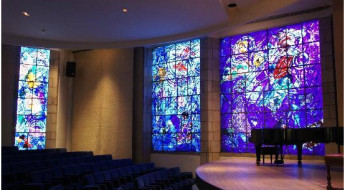 chagalls-stained-glass-windows